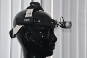 HNO-Untersuchung Stirnlampe